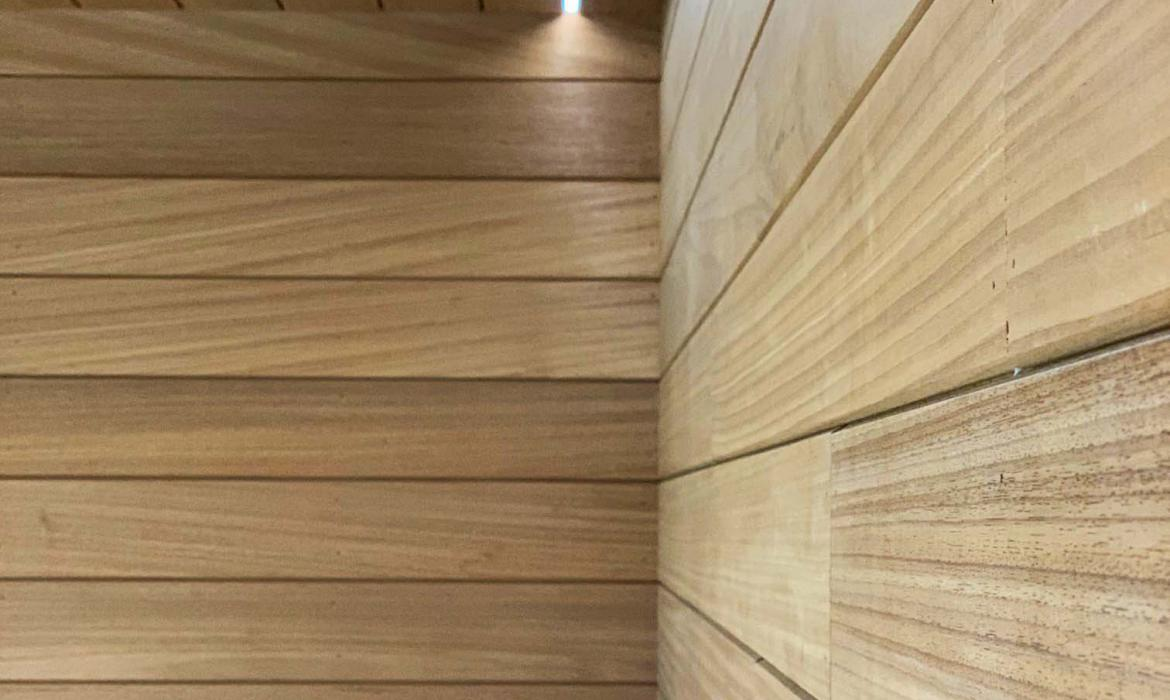 Bijgebouw in Thermowood Ayous​​​​​​​ hout