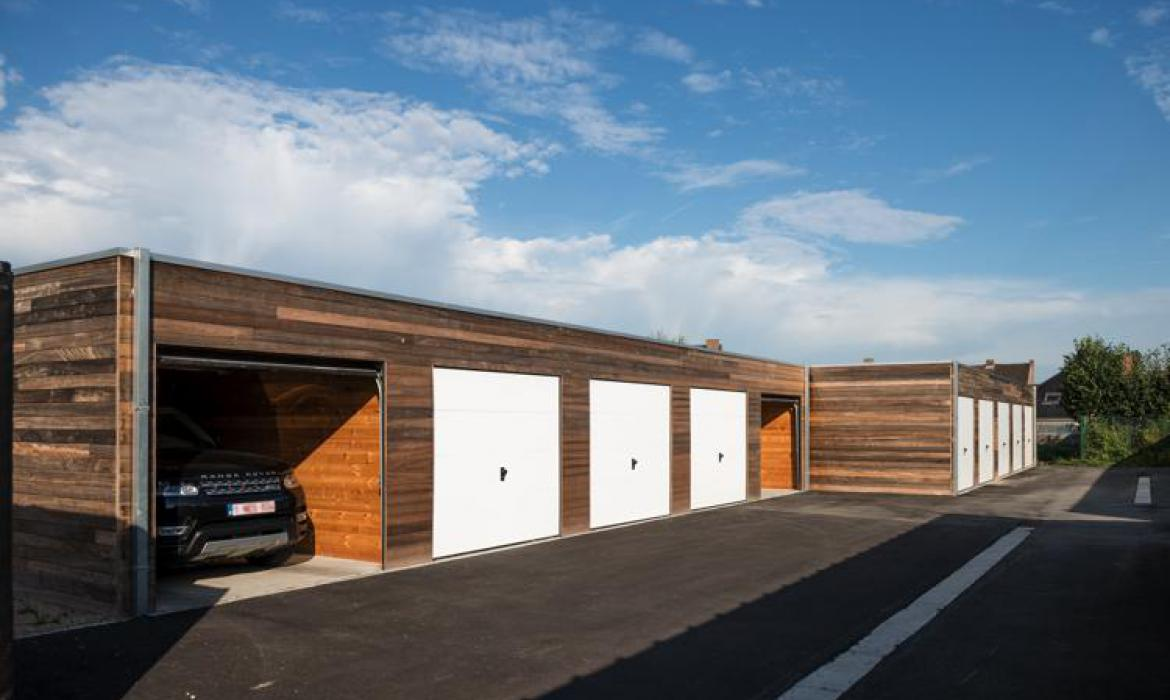 Garages in padoek