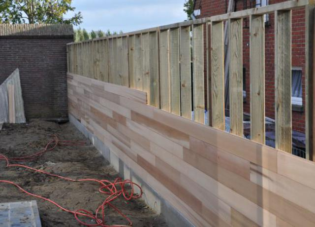 Houten tuinafsluiting in cederhout door Woodproject