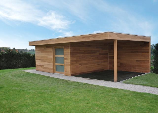 Modern tuinhuis in iroko hout door Woodproject